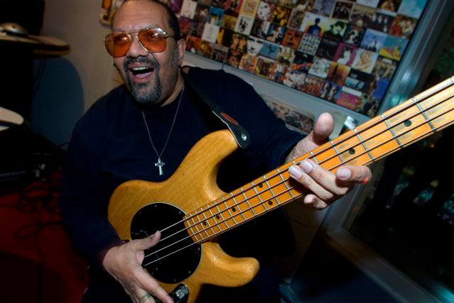 Louis Johnson  all solid Bass
